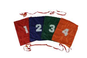 8 corsa nei sacchi